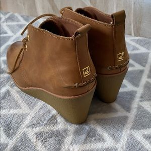 Leather Sperry Wedge Bootsin Cognac